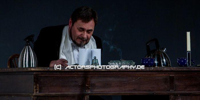 20090206_actorsphotography_fledermaus_haus_loerick-7 (16)
