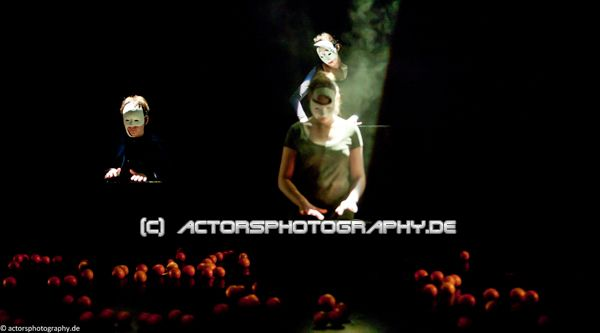 spinatheater_book_of_faces-4